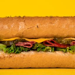 Sandwich salami peperoni