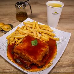 Carne (Francesinha a moda do Porto)