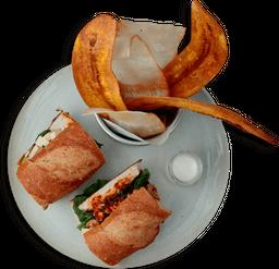 Sándwich de Pollo y Aguacate