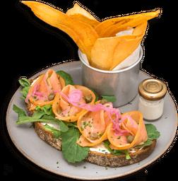 Tartine de Salmón