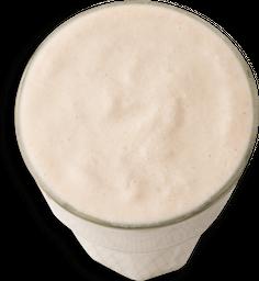 Batido de banano en leche de coco