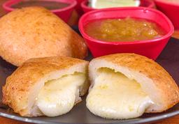 Empanadas de Queso Dulce