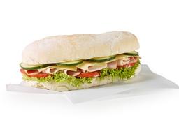 Sandwich De Jamon Y Pavo