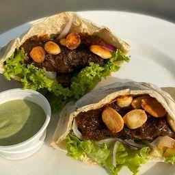 Sandwich Árabe de Falalel (Vegetariano)