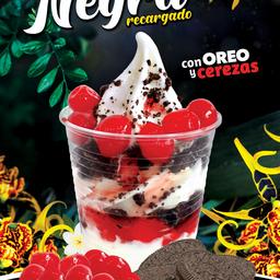 Sundae Selva Negra Yogurt