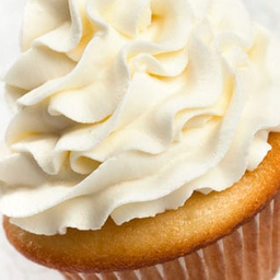 Cupcake vainilla relleno chocolate