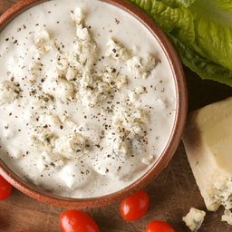 Adición dip de queso azul