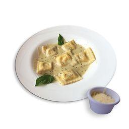 Raviolis de queso artesanales