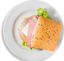 Sándwich Tres Carnes