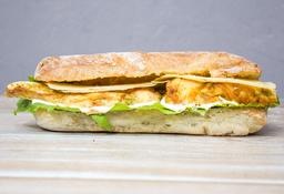 Sándwich Pecaminoso de Pollo Cesar