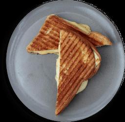 Sándwich Grilled Ham & Cheese Desayuno