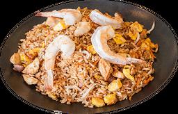 Yakimeshi pollo y langostino
