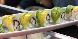 Sushi Calamardo Roll