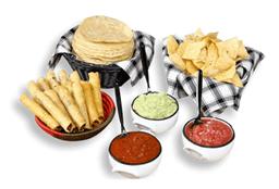 Totopos y Salsas