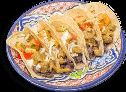 Tacos de Carne en Salsa Verde