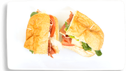 Sándwich de Jamón Serrano con Queso Manchego