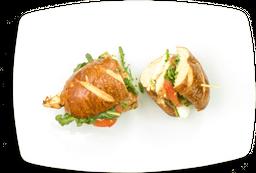 Sándwich de Pollo al Horno y Mozzarella di Búfala