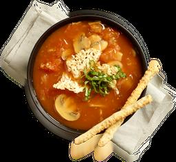 Sopa de Tomates con Champiñones