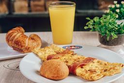 Omelet Zamba + Producto de queso + Bebida