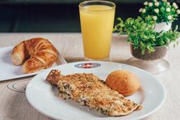 Omelet Vegetariano + Producto de queso + Bebida