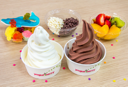 3 helados + 3 toppings + gratis 4to helado