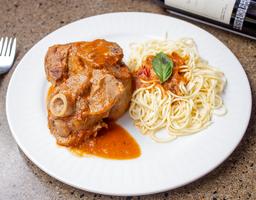 Ossobuco con Spaghetti