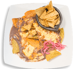 Chilaquiles Rojos con Carne