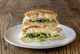 Sándwich OEuf Bacon