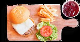 🍔🥤🍟Combo Hamburguesa a la Parrilla - Antes 13,900, Ahora 10.900