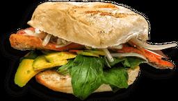 Sándwich De Trucha Al Ajillo