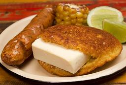 Arepa Chocla y Chorizo