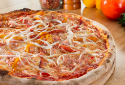 Pizza Pimentón y Salsiccia