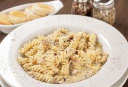Pasta Carbonara con Champiñones
