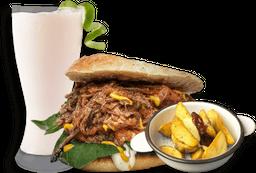 1 Sándwich + papas + limonada de coco.