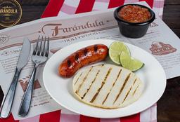 Chorizo con Arepa Paisa y Hogao