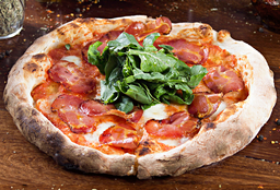 Pizza Coppa e Rucula