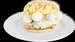 Arepas rellenas de huevos de Codorniz