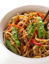 Vegetarinan Lo Mein