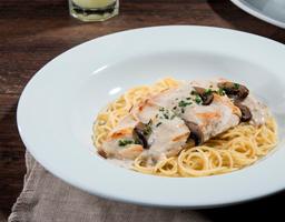 Spaghetti Pollo Portobello