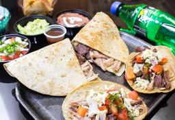 Quesadilla + Tacos + Botonas + Gasesosa + Postre