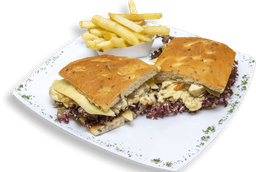 Sándwich Pollo Bechamel + Papas a la Francesa