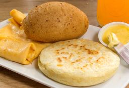 Huevos Al Gusto + Arepa
