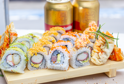 Promo 20 Rolls o Makis + 4 Gyozas + 2 Club Colombia