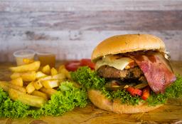 🍔 Hamburguesa Beef + Adición de tocineta + Papas