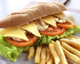 Sándwich de Atún y Huevo