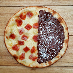 Pizza Dulce Nutella y Queso Bocadillo