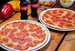 🍕2 Pizzas Pepperoni medias + Gaseosa 300 ml