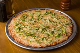 Pizza Cuatro Quesos con Espárragos