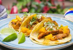 3 Tacos Al Pastor + Bebida