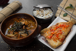 Kimchi Chigue - [김치찌게]